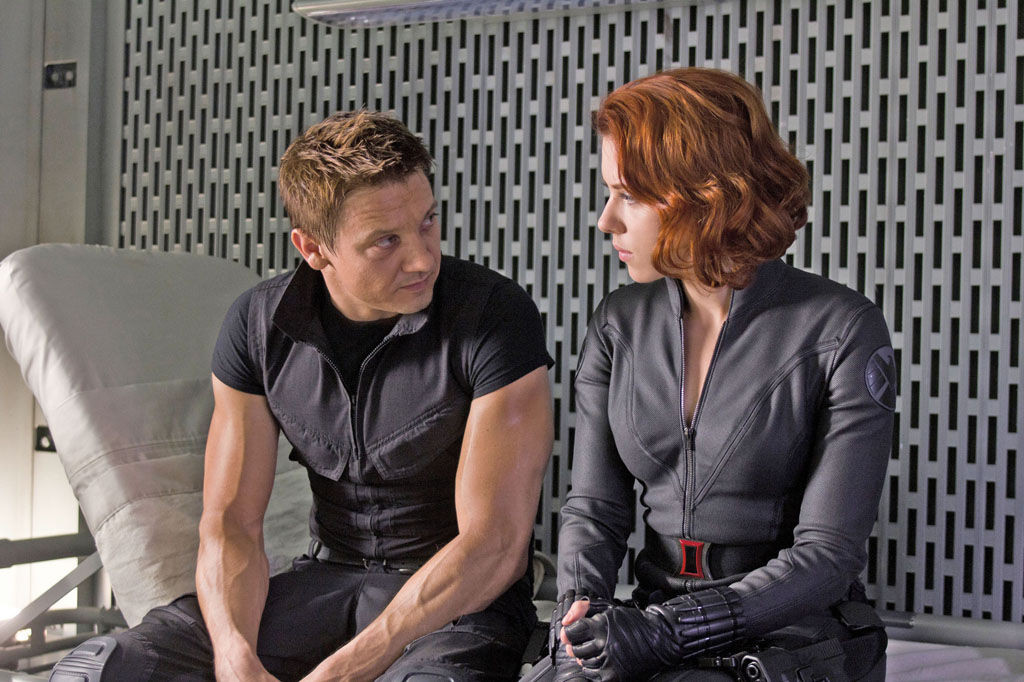 Black-Widow-Hawkeye-Avengers