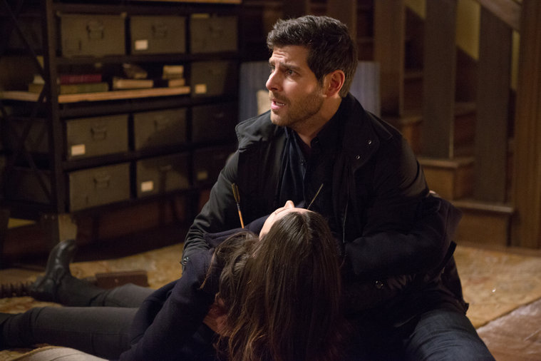 grimm s4 e22 cry havoc recap welcome to the legion welcome
