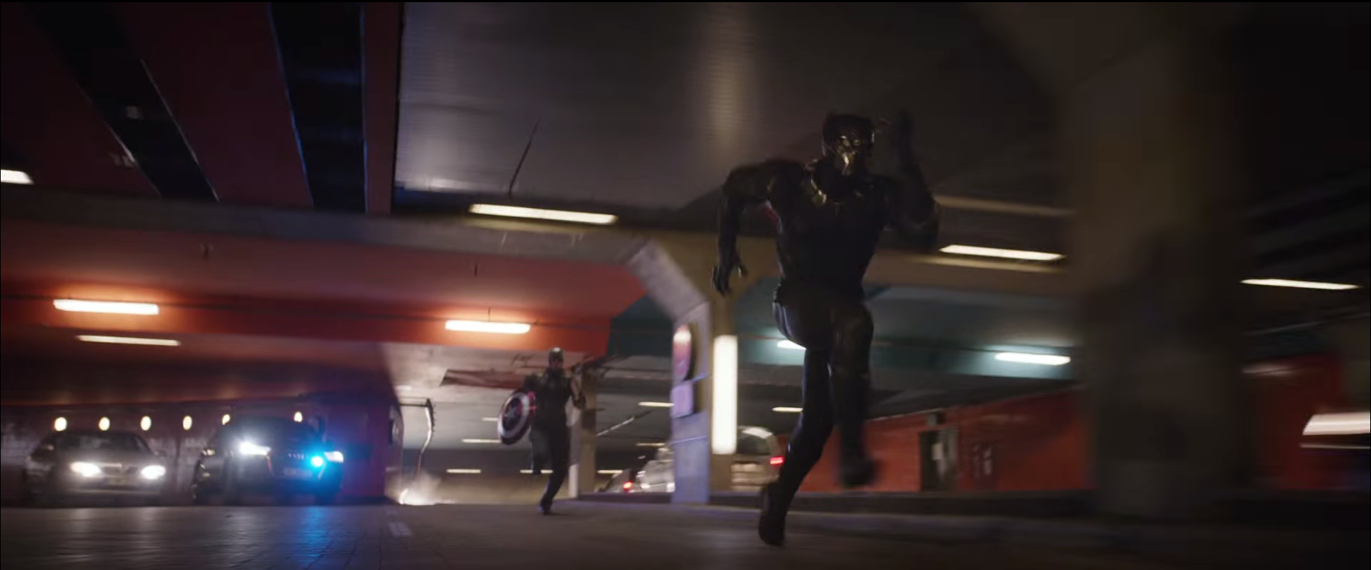 Civil War_Cap chases Panther