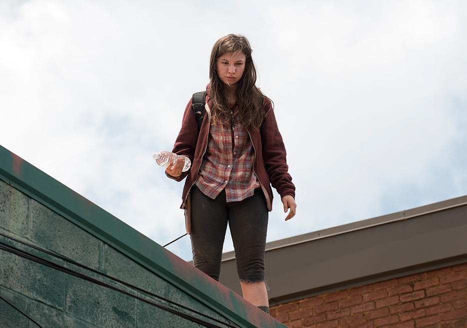 the-walking-dead-episode-607-enid-nacon-935