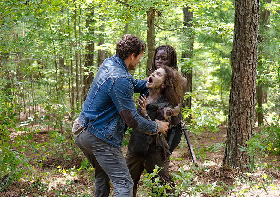 the-walking-dead-episode-610-michonne-gurira-2-935