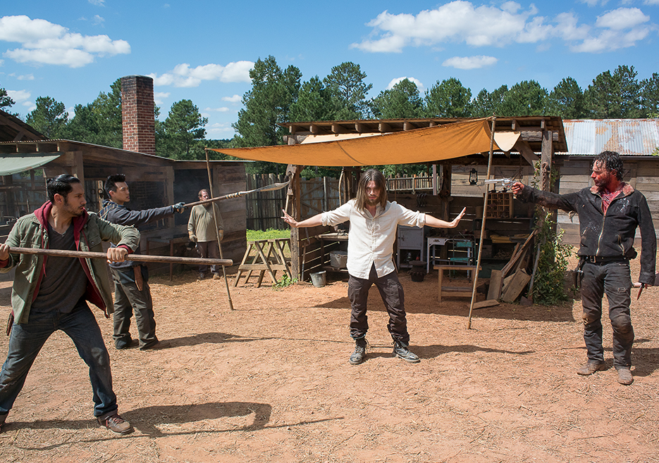 the-walking-dead-episode-611-rick-lincoln-2-935