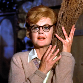 Angela Lansbury Joins Cast of 'Mary Poppins Returns'