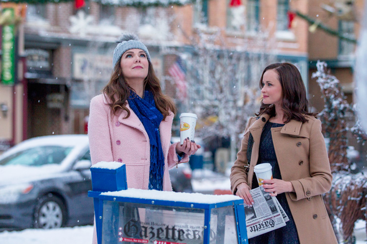 Gilmore Girls: A Year In The Life Season 1 Air Date 11/25/16 Pictured: Alexis Bledel, Lauren Graham
