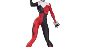 Unboxing Video for DC Collectibles Harley Quinn By Jim Lee