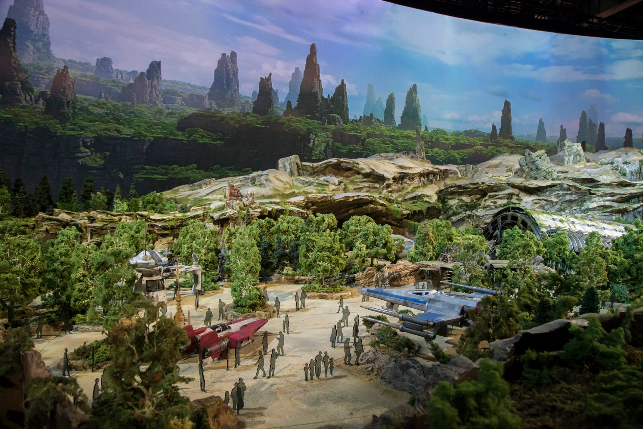 D23 Expo 2017: Here's a First Look at Star Wars Land, It's Huge