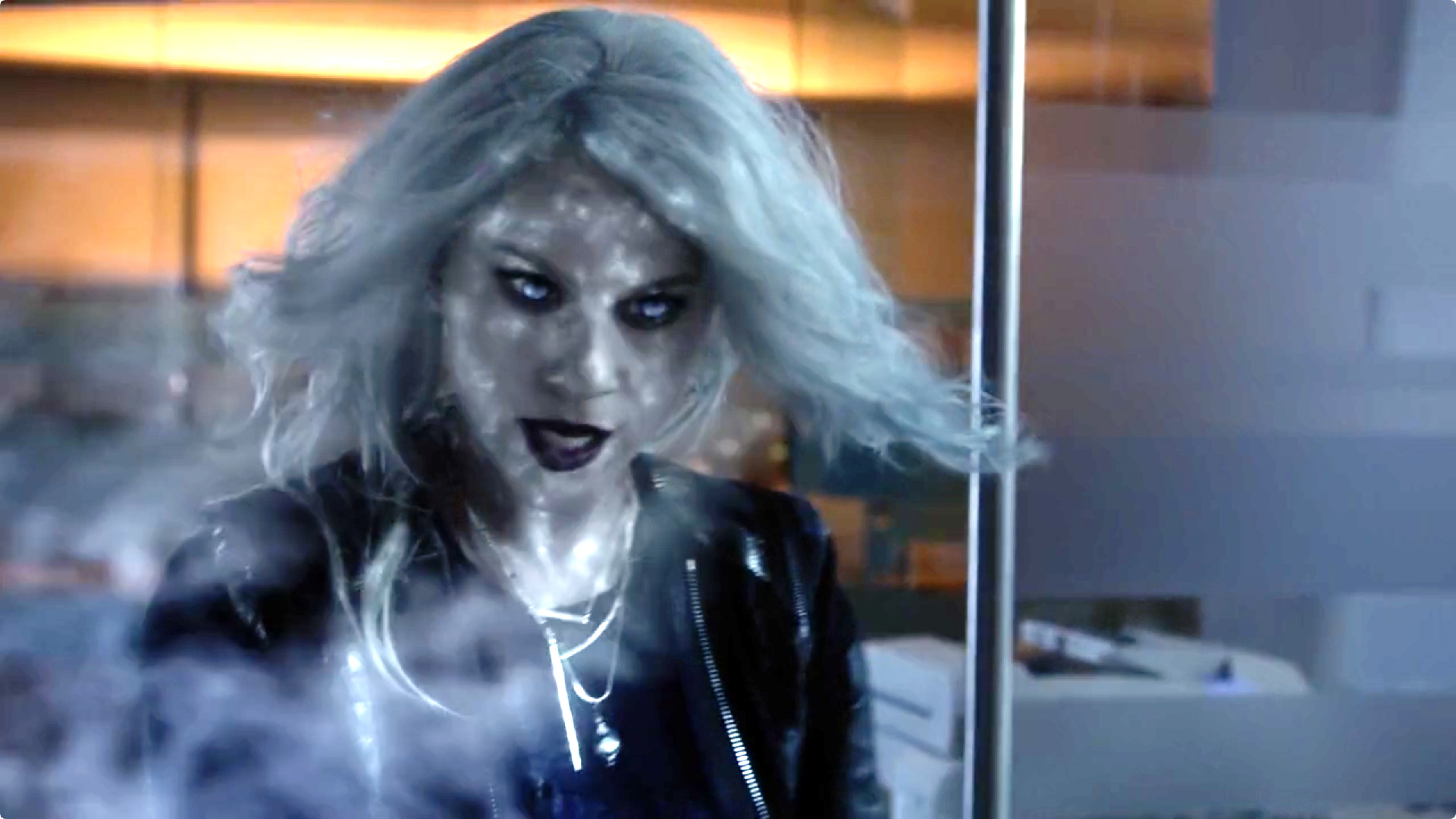 Livewire Returns to Electrify Supergirl - Welcome to the Legion ...