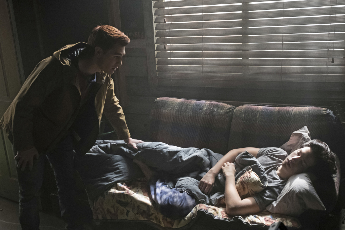Riverdale: Chapter 12 Trailer Dissects the 'Anatomy of Murder'