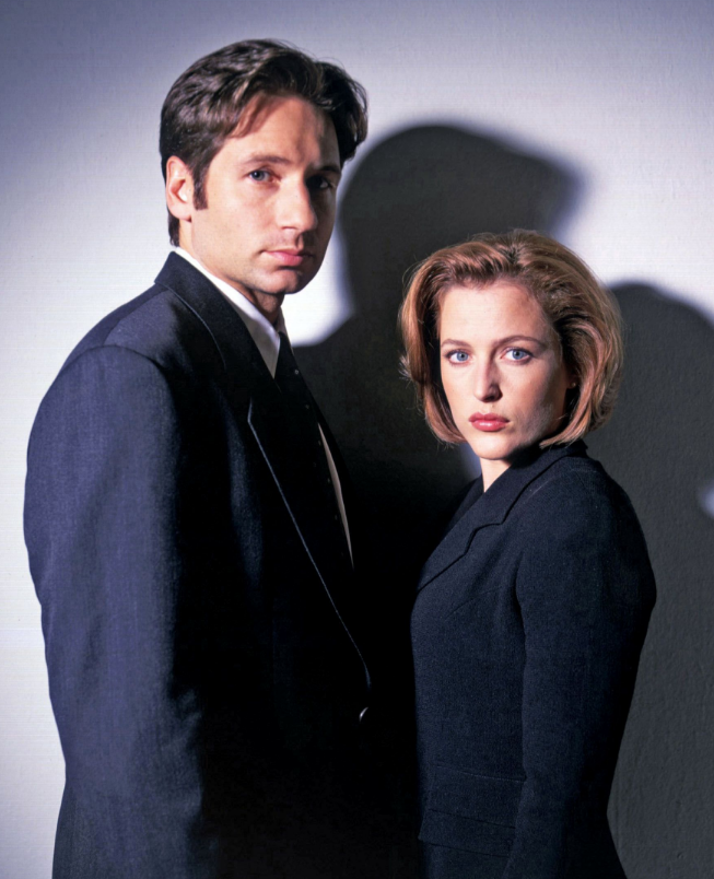 25 years ago mulder and scully opened their first x file welcome